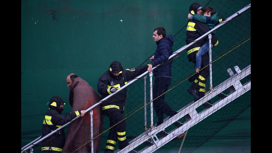 02 italy ferry 1229