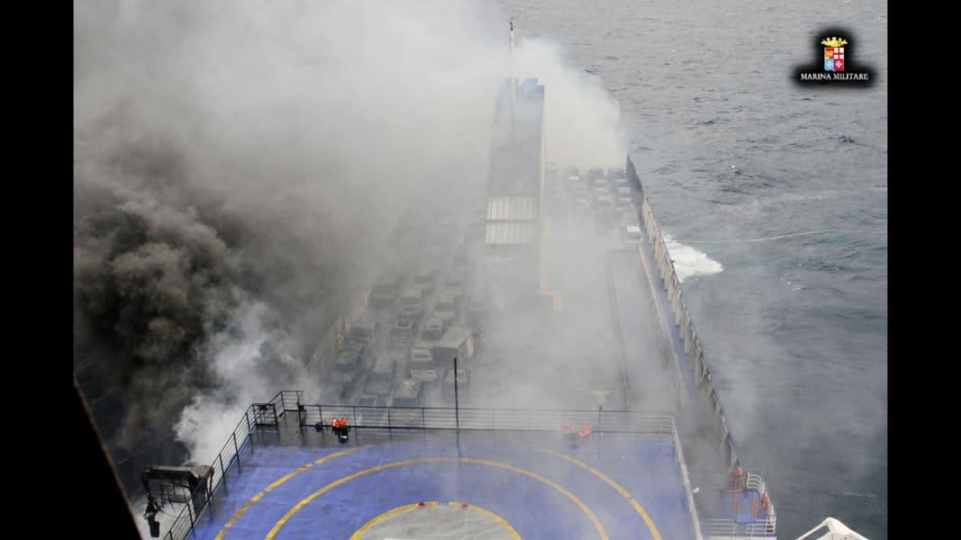 03 italy ferry 1229