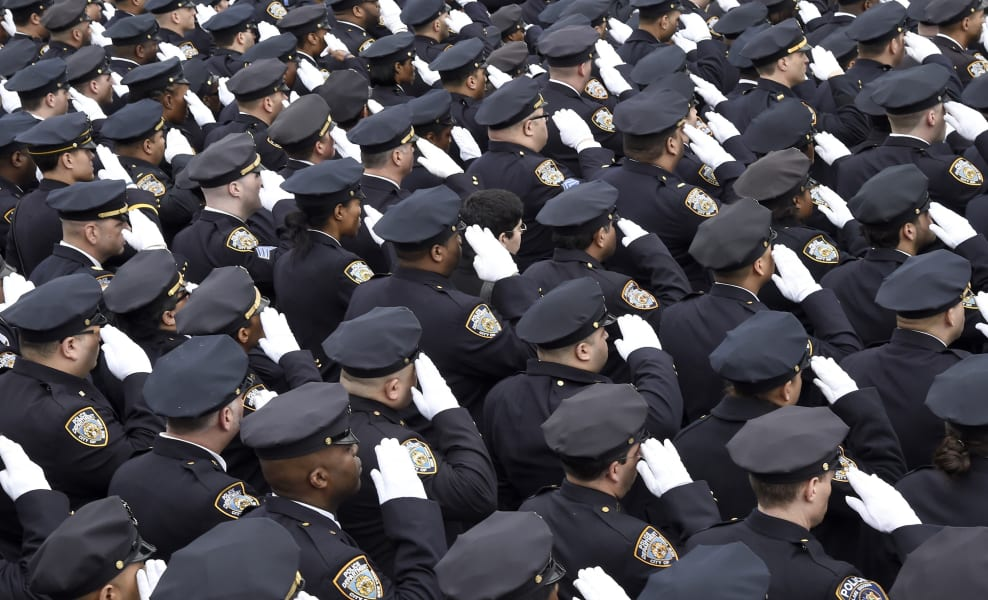 10 liu funeral - salute - RESTRICTED