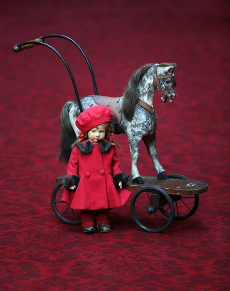 roya queen elizabeth toy