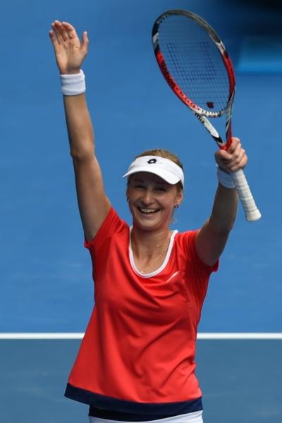 Makarova wins