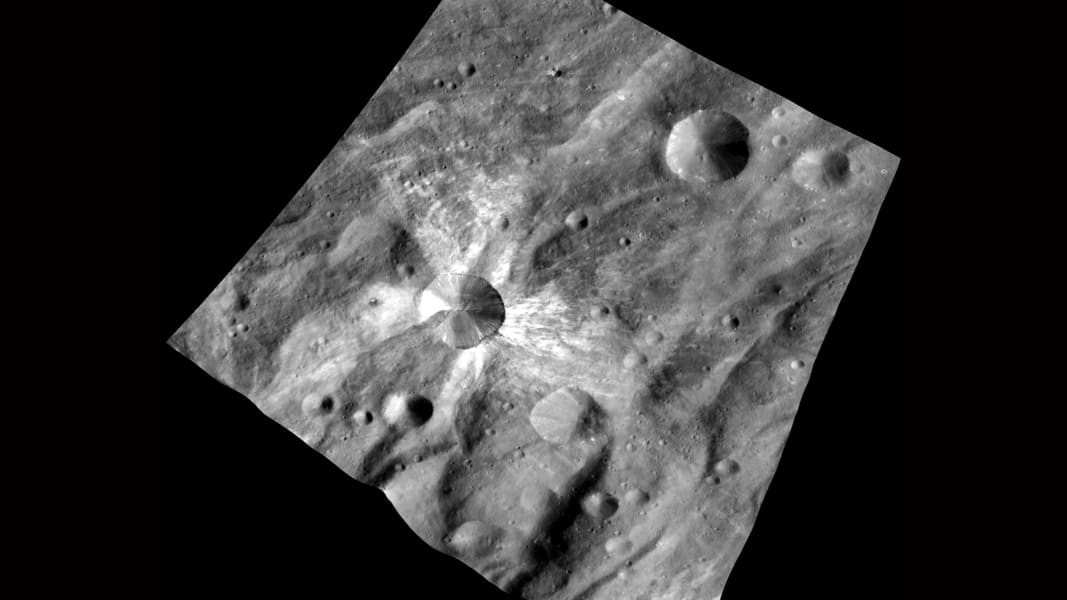 Vesta giant asteroid up close