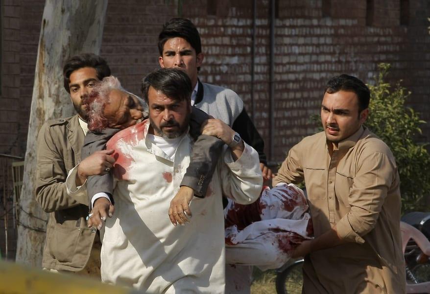 04 peshawar attack 0213