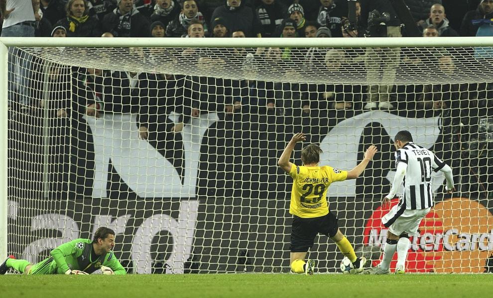 Tevez goal