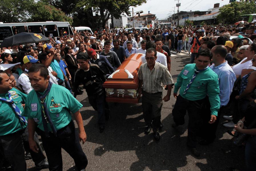 funeral teenager san cristobal
