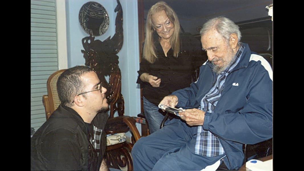 29 fidel castro 0304 RESTRICTED