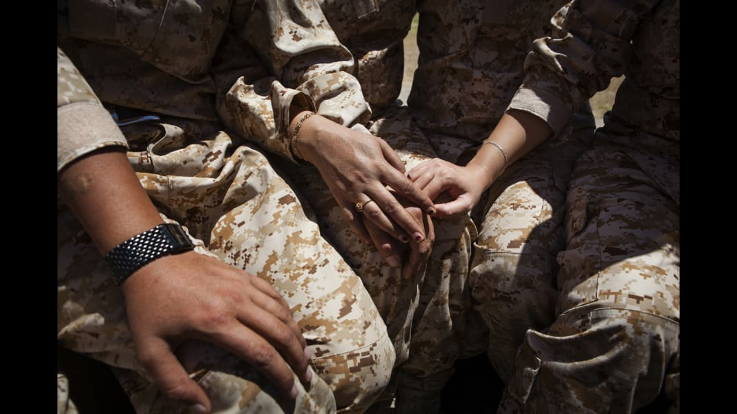 08 cnnphotos female peshmerga RESTRICTED
