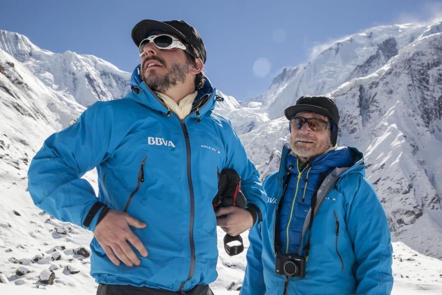 07032015 CS y Jordi Roca recién llegados al CB del Annapurna