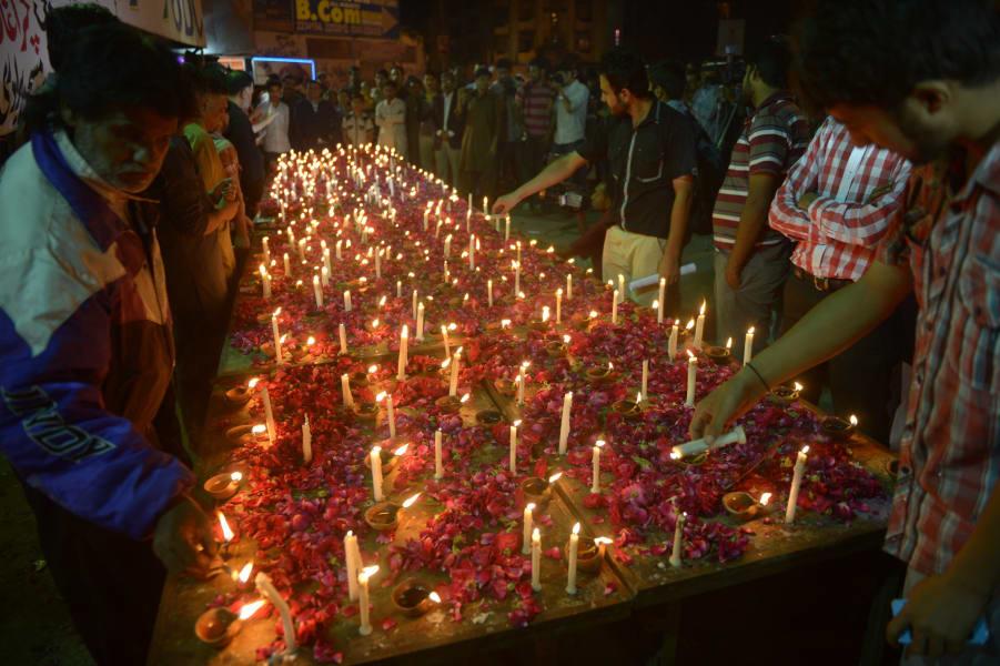 01 pakistan bombing