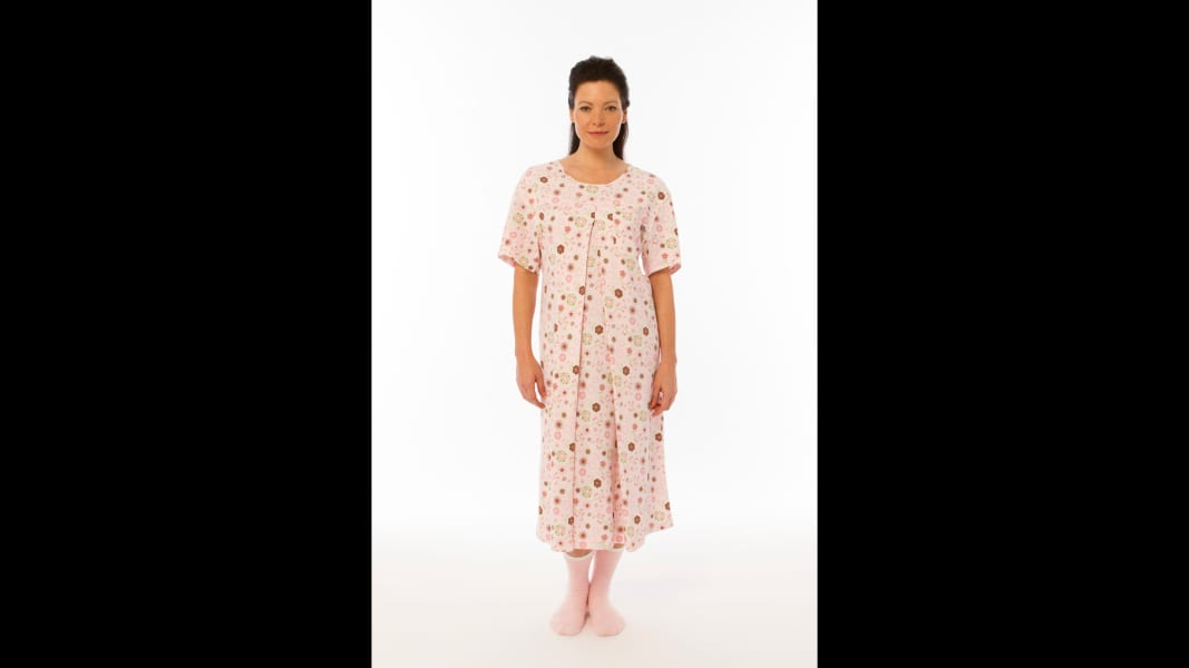 05 hospital gown