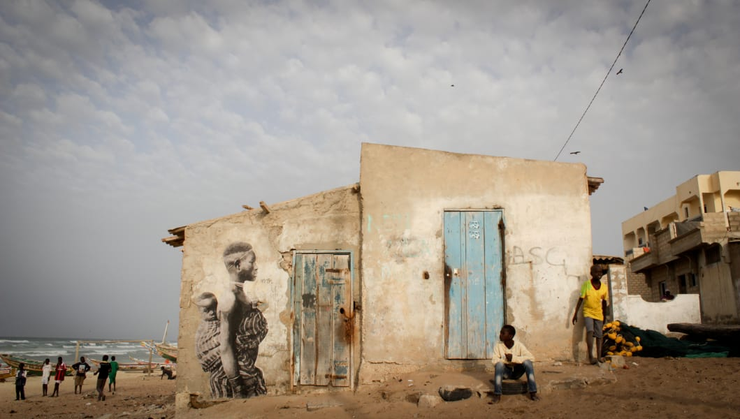 YZ Yseult street art Senegal project Amazone