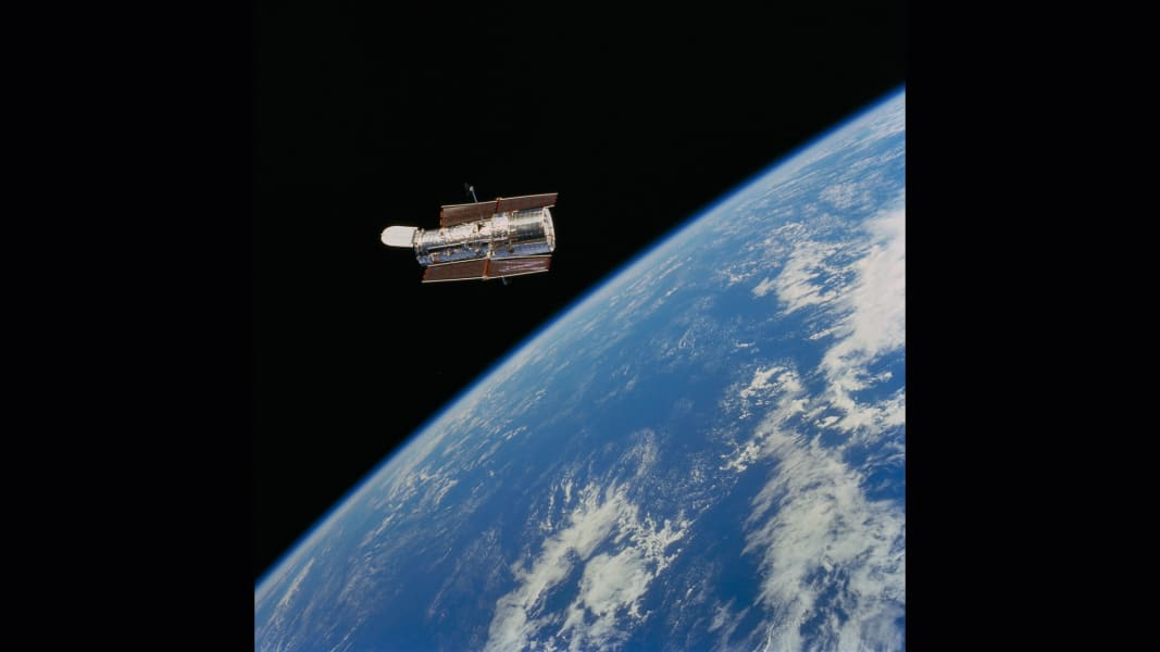 02 cnnphotos hubble RESTRICTED