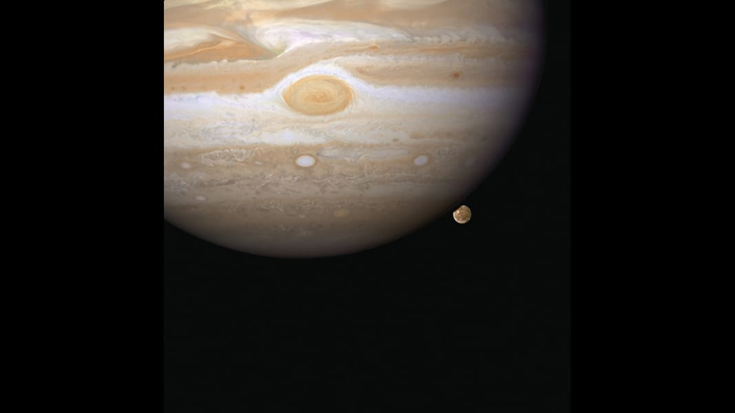 06 cnnphotos hubble RESTRICTED