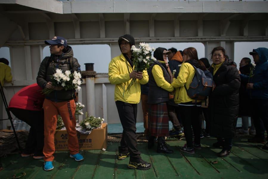 south korea sinking ship-3