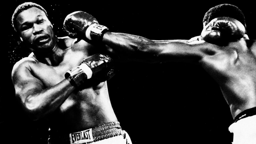 RESTRICTED holmes spinks fight 1985
