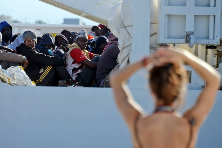 08 migrant crisis 0421