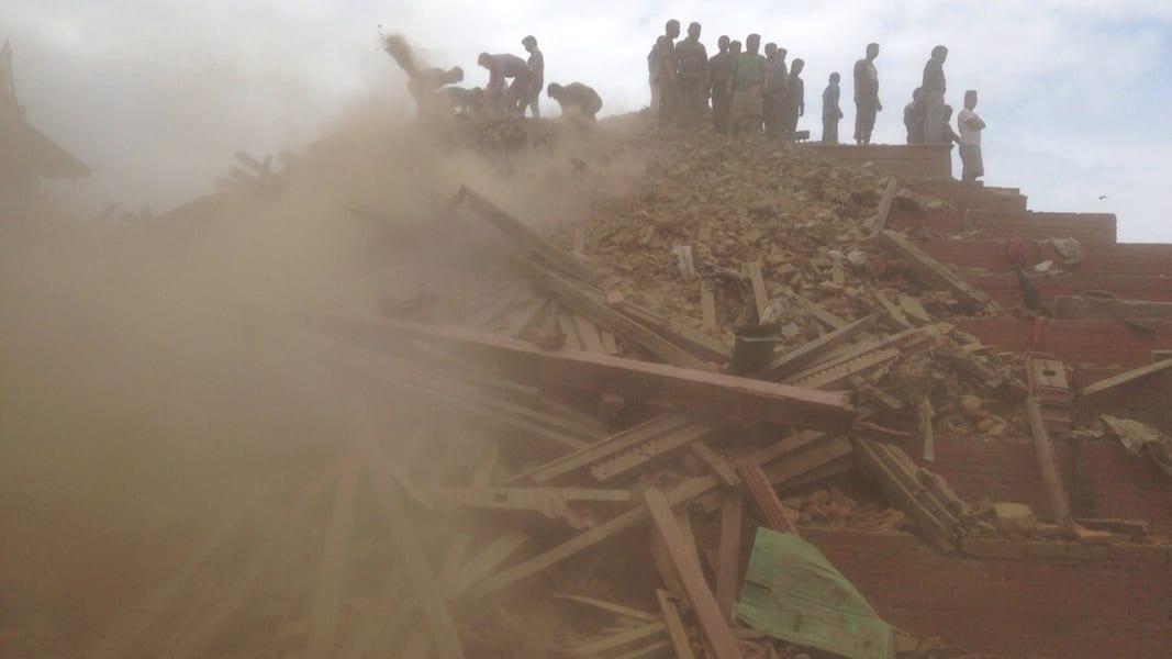 02 nepal quake 0425