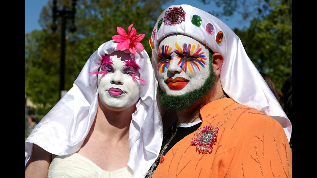 scotus marriage gallery bride groom