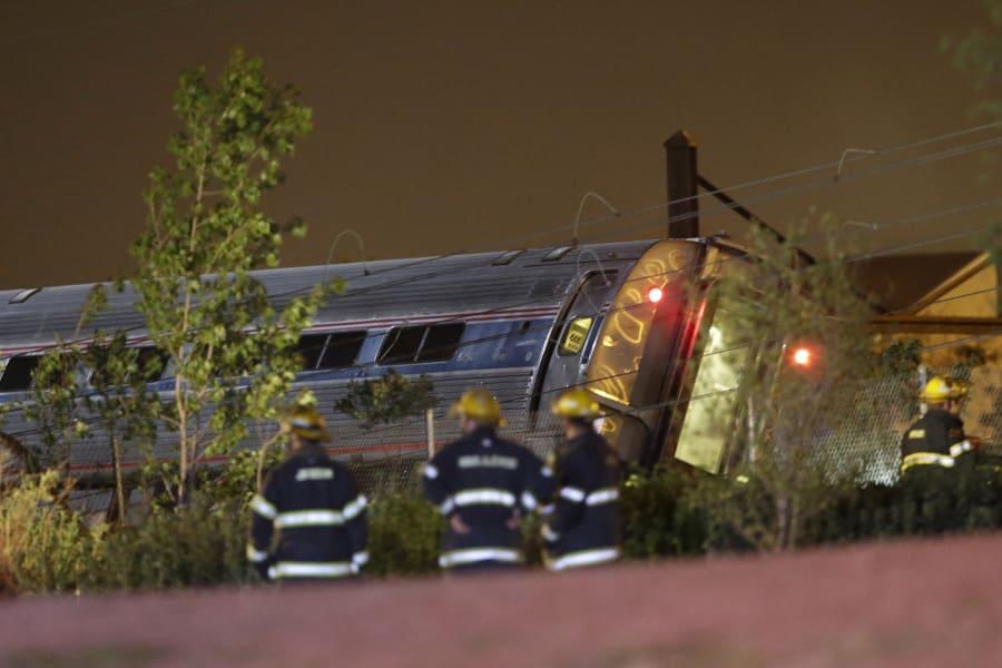 03 amtrak train derailment 0512