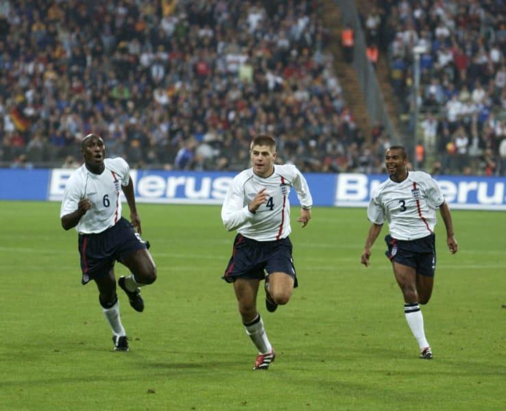 Gerrard celebrates goal Germany