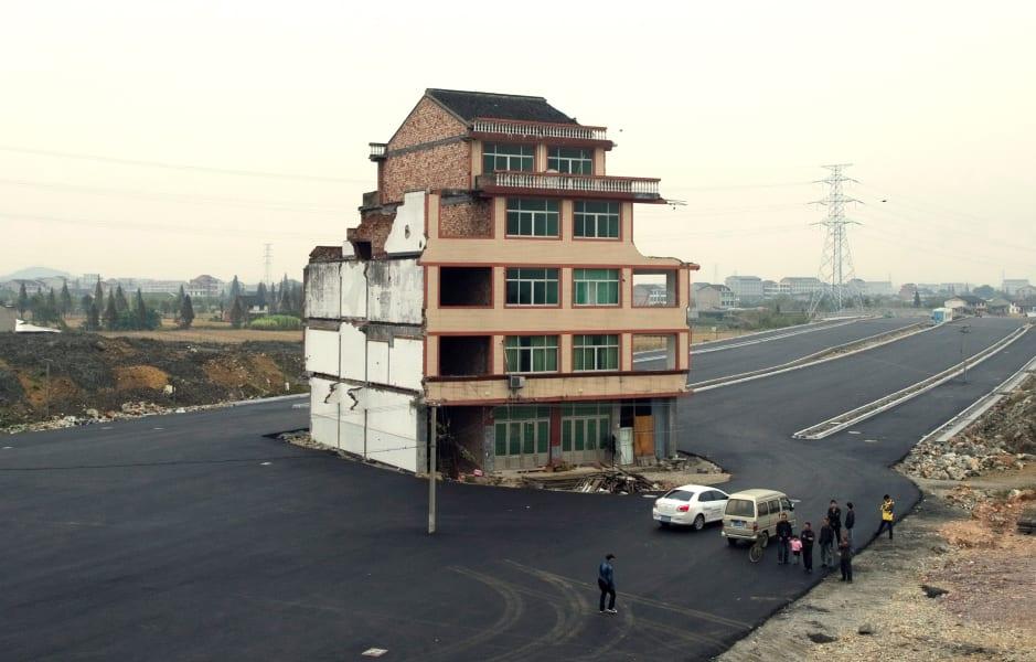 04 china nail house 0519