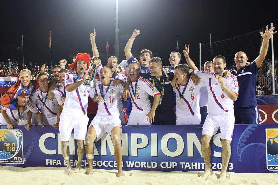 beach football -- russia wins