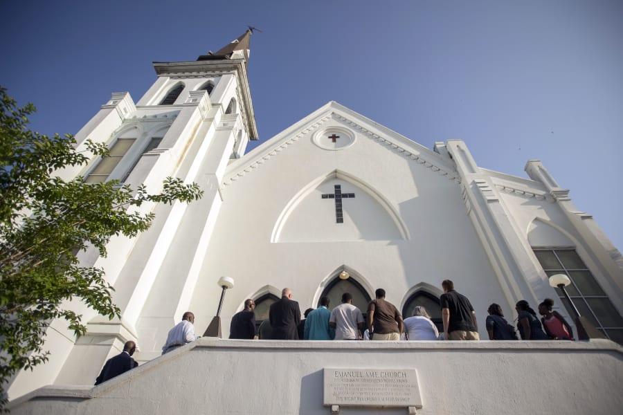 01 charleston church service 0621