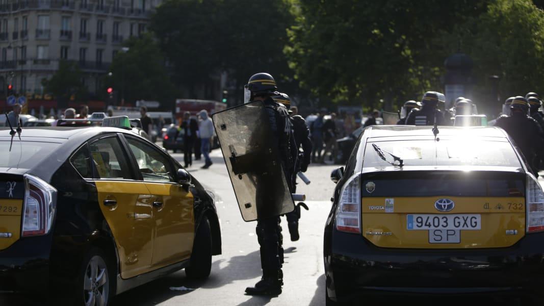 06 france uber protest