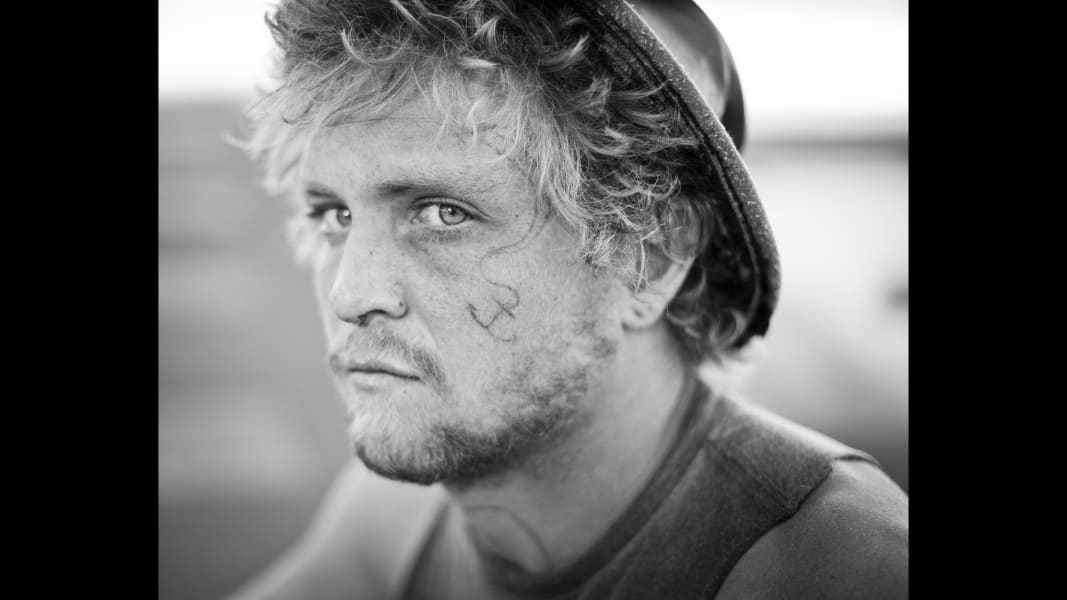 14 cnnphotos hitchhiker portraits RESTRICTED
