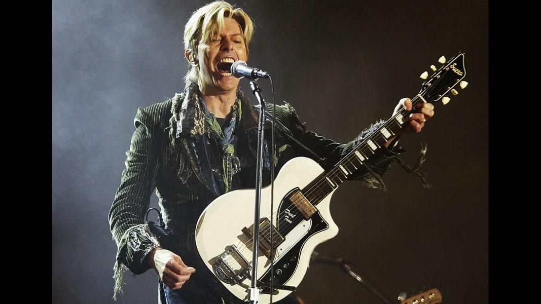 14 live aid 30 David Bowie