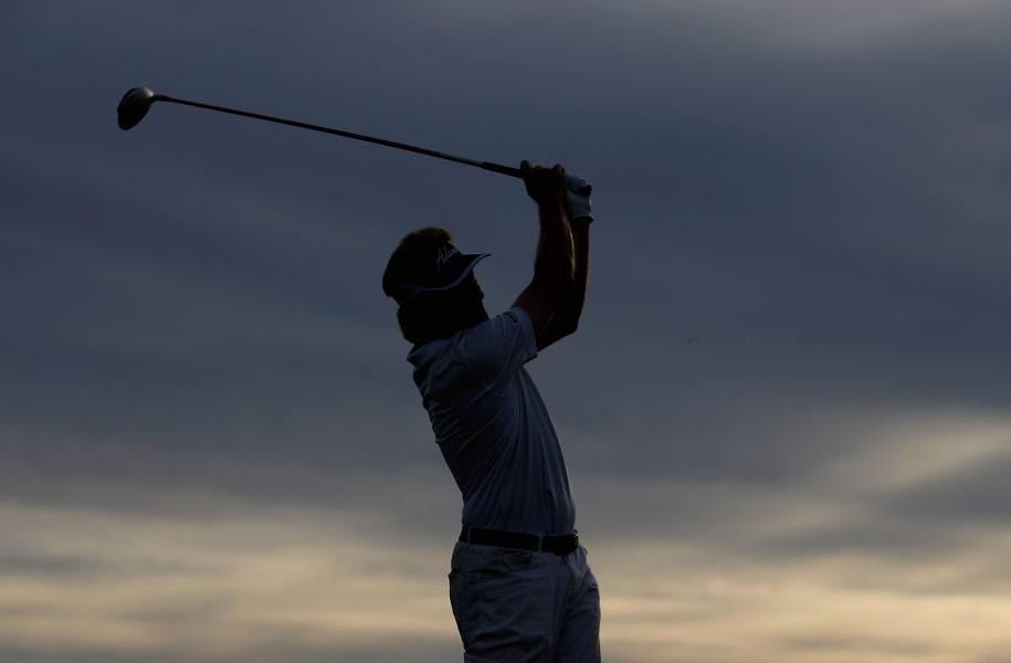bernhard langer golf silhouette