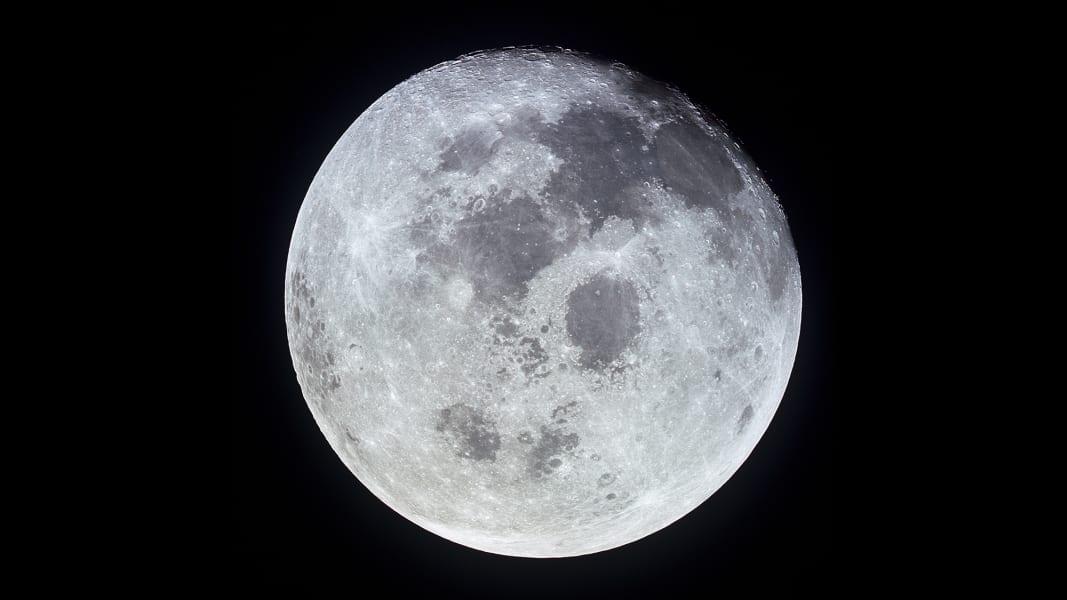 03 tbt moon landing 0716