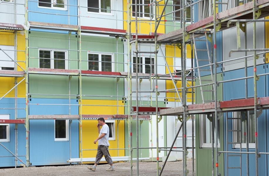 berlin refugee housing 01