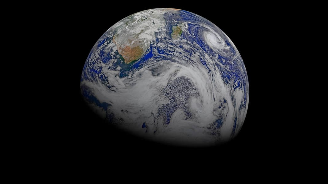 06 earth photo
