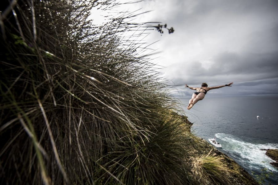 portugal red bull cliff diving 2015 07