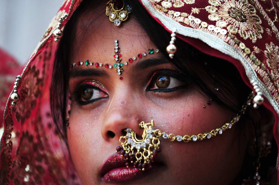 india gold bride