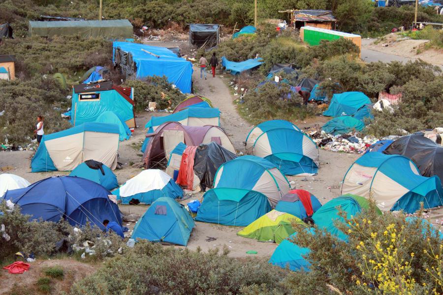 01 calais jungle refugee camp