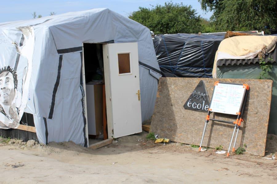 07 calais jungle refugee camp