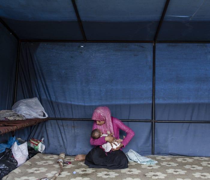 02 cnnphotos seeking shelter TEASE