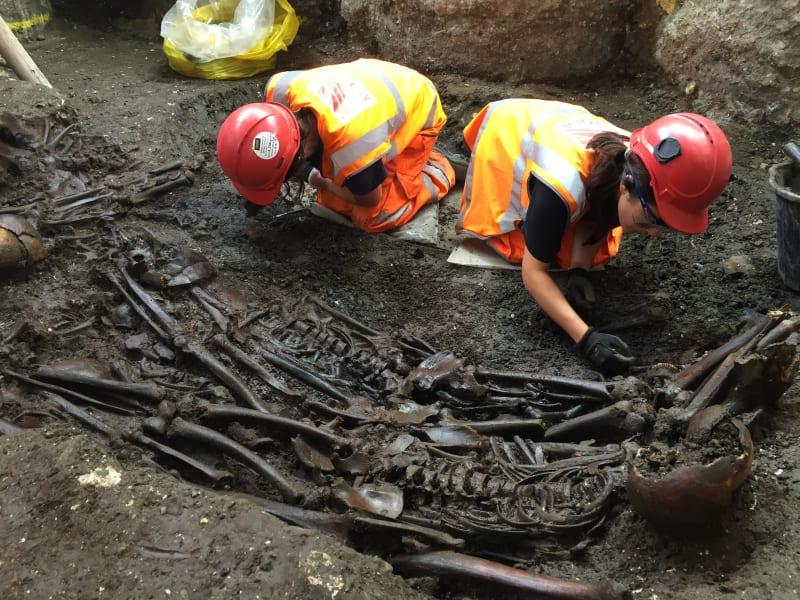 London suspected plague pit Crossrail