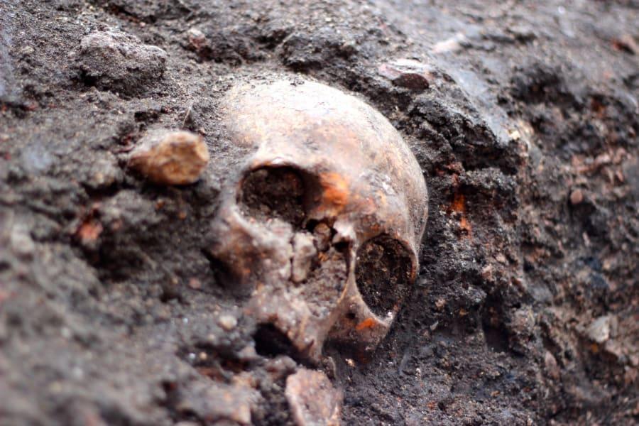 Crossrail Plague Pit 4