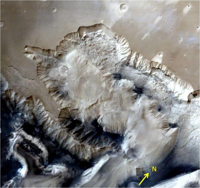 india mars orbiter Ophir Chasma terrain 01