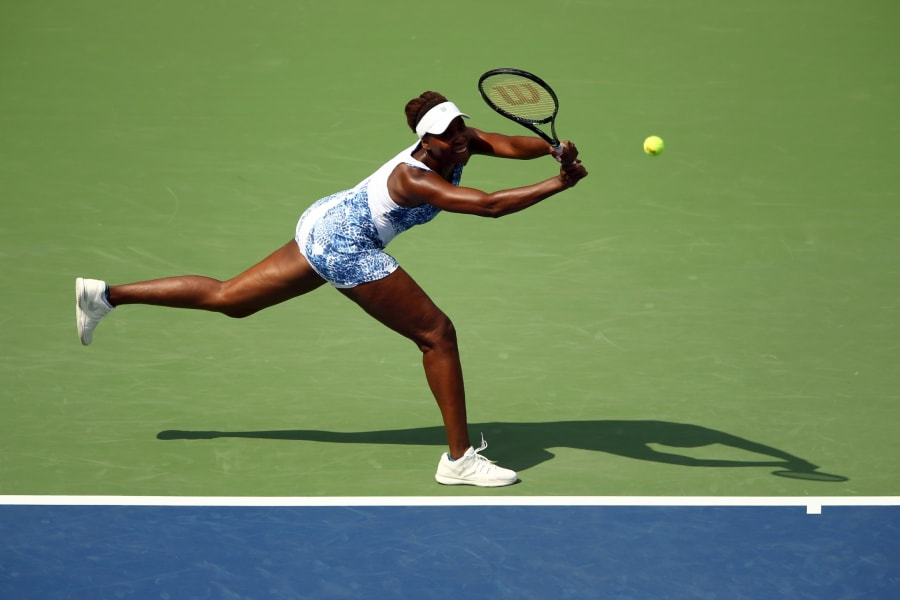 venus backhand
