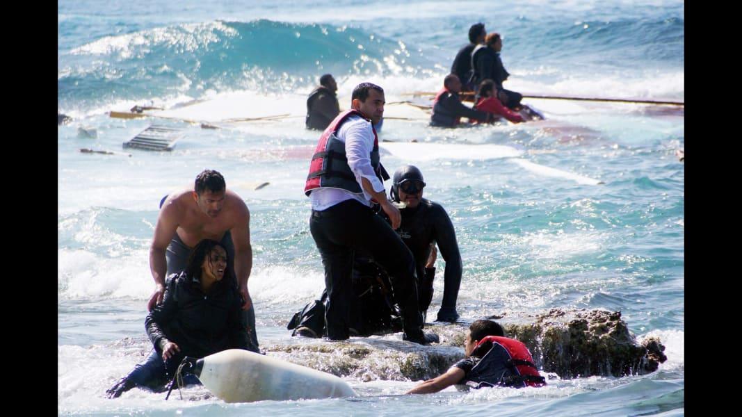 10 migrant crisis