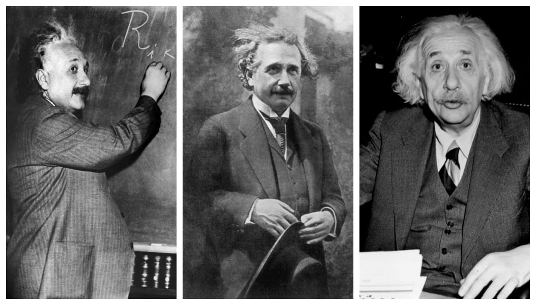Einstein same clothes