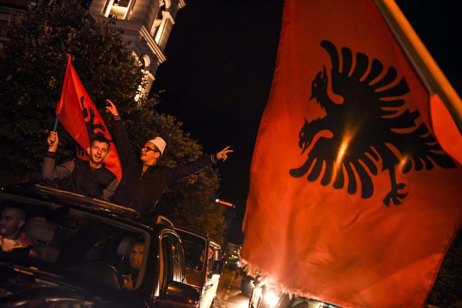 Albania fans 2