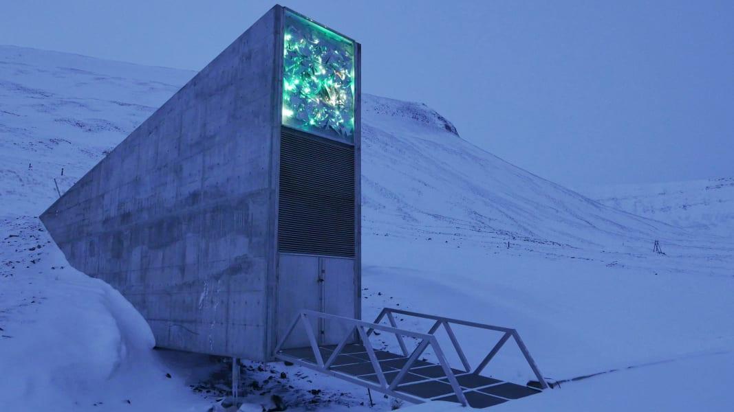 01 Svalbard seed vault