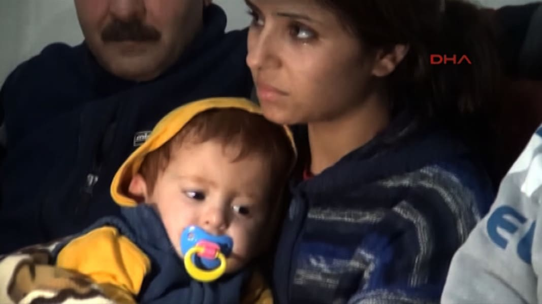 amara walker syrian baby rescued nr pkg_00002229