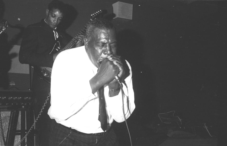 02.howlin-wolf-RESTRICTED