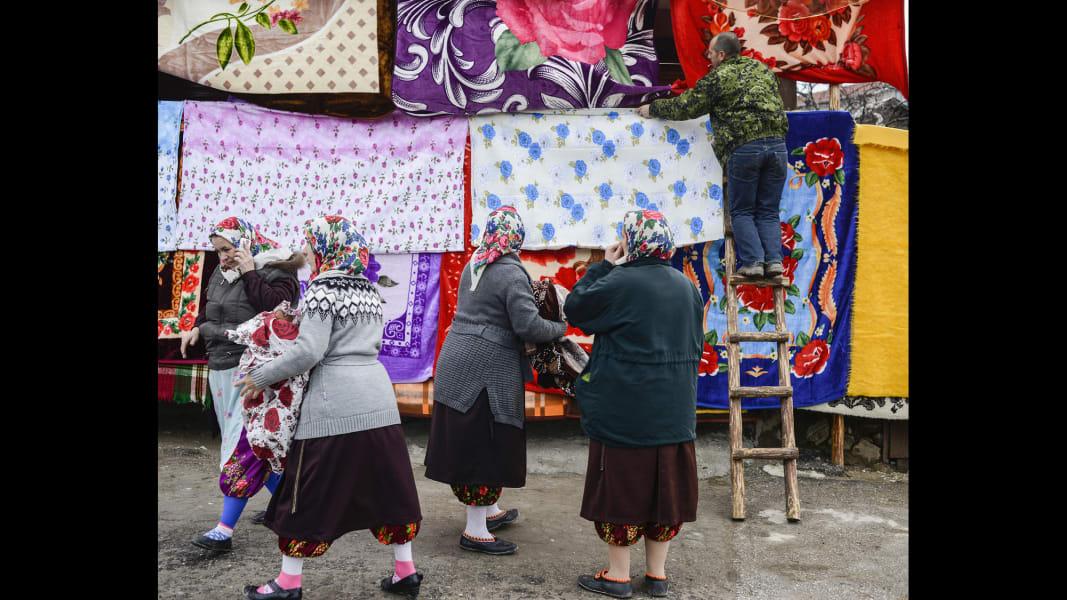 01 cnnphotos bulgarian muslim wedding RESTRICTED